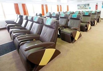 balearia_caribbean_bahama_mama_seating_2