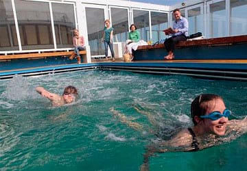 brittany_ferries_cap_finistere_swimming_pool