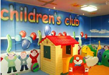 endeavor_lines_ionian_queen_childrens_play_area