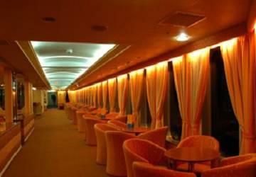 endeavor_lines_ionian_queen_window_seating