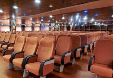 grimaldi_lines_cruise_barcelona_seating_lounge