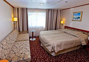 tallink_silja_baltic_queen_luxury_cabin