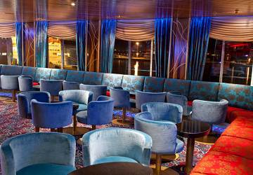 tallink_silja_baltic_queen_tango_lounge