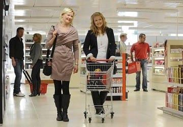 viking_line_rosella_shopping