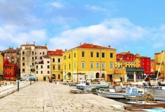 Get 10% off ferries between Italy and Croatia this summer